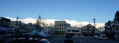 Be greeted by the beautiful snow mountains of Hakuba the moment you step out of the station.